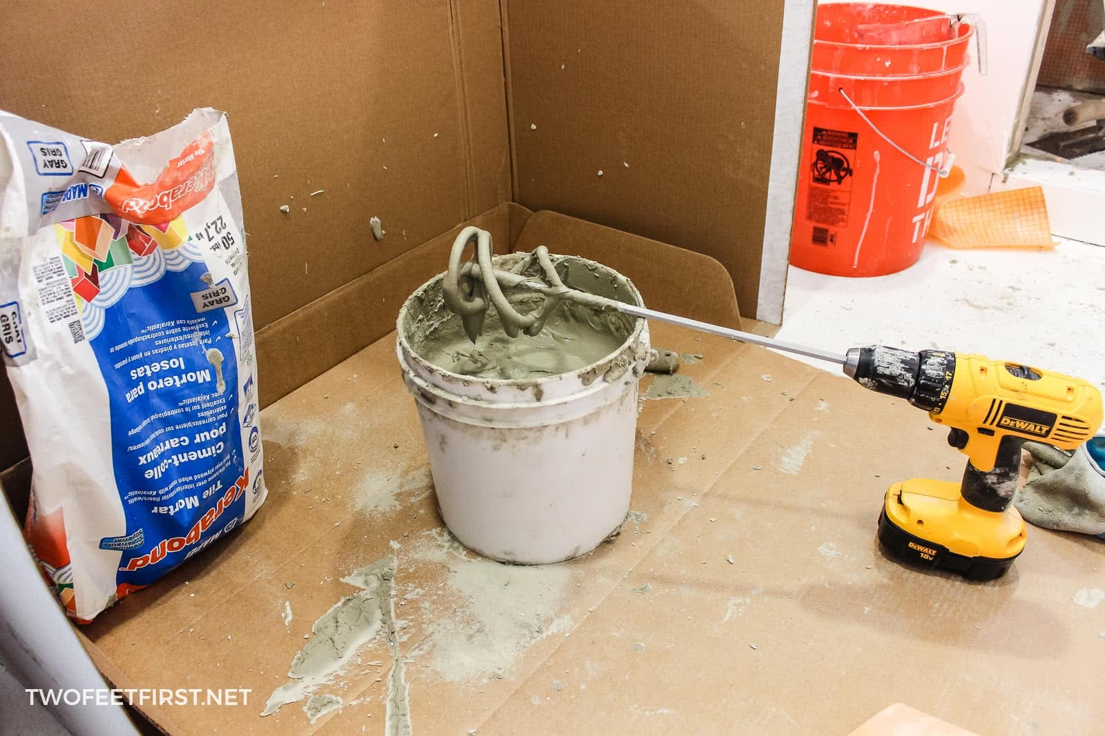 mix mortar for shower