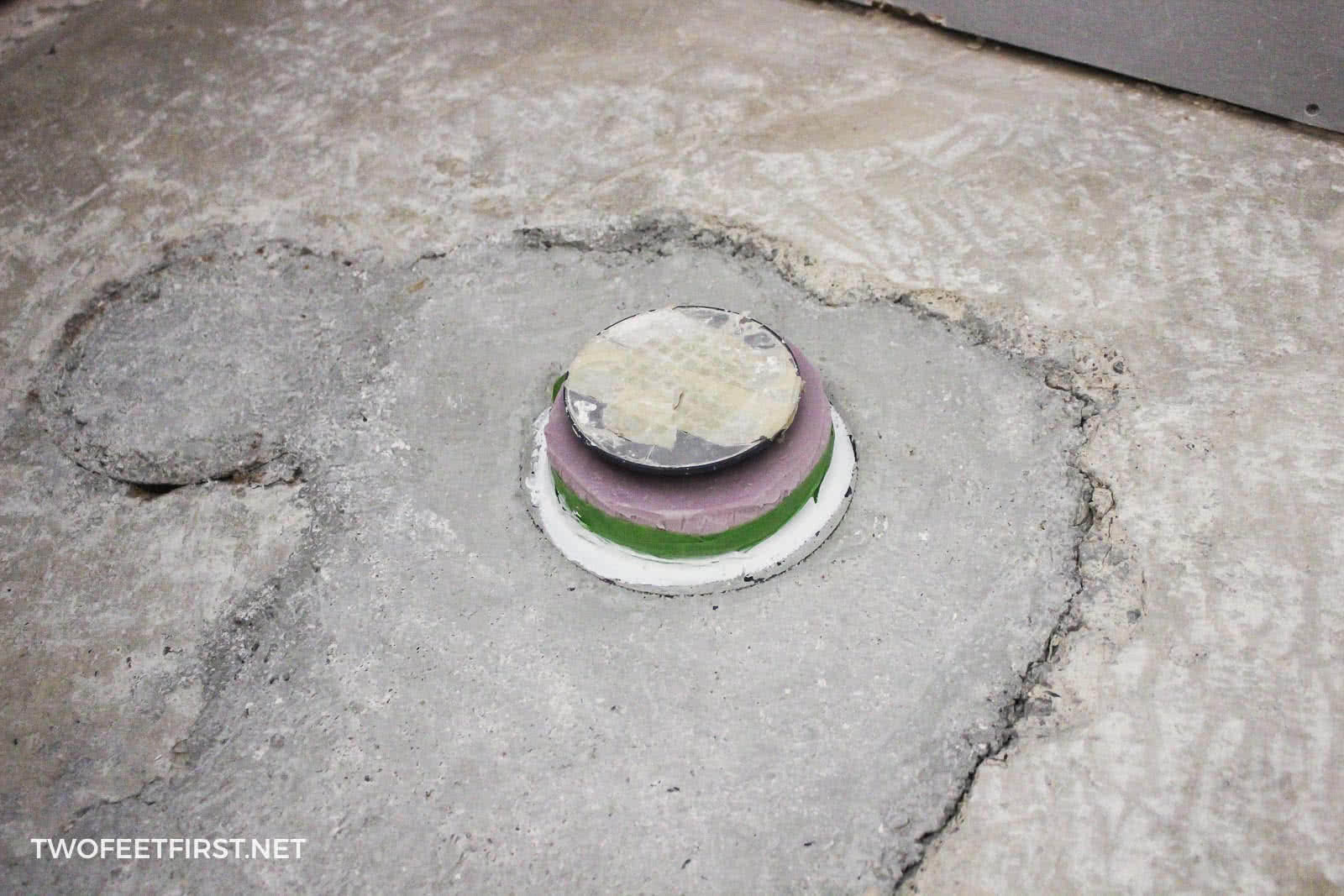apply primer for self-leveling concrete