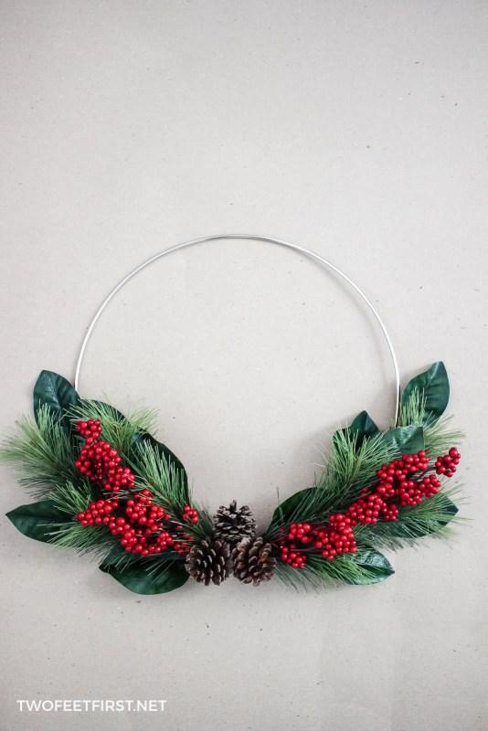 simple holiday hoop wreath tutorial