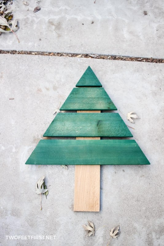 homemade outdoor Christmas tree