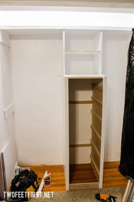 How to build a closet system for a small closet