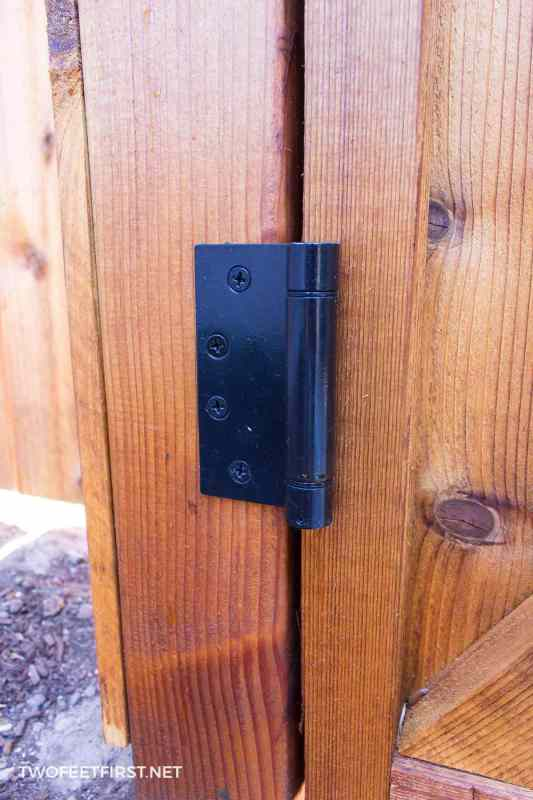 hinge for a gate