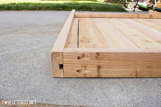 build a cedar gate