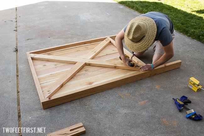 build a gate