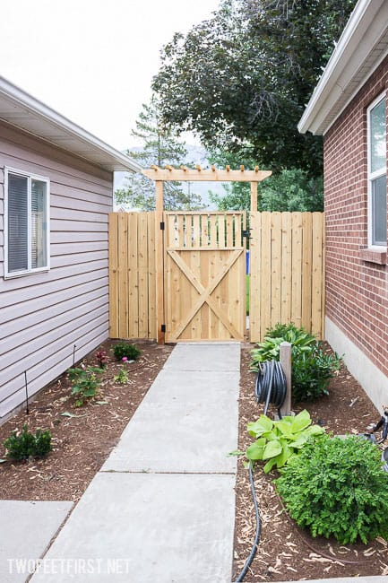 How to install new post for wooden gate.