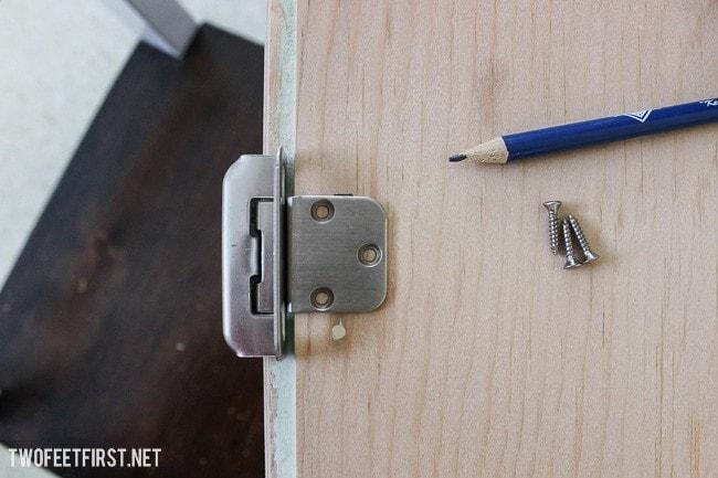 update-cabinet-hardware-5