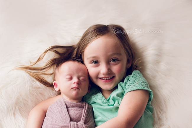 2015-12-13-two-happy-lambs-photography-sibling-baby-newborn-natural-studio-professional-central-coast-california-sister-family