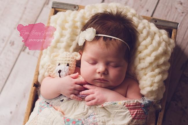 2016-03-04-arroyo-grande-best-newborn-photographer-infant-knit-quilt-prop-box-hands-studio-baby-photoshoot-california