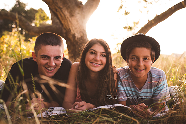 20160516-arroyo-grande-family-photography-best-family-photographer-sunset-teens-teenagers-blanket-siblings-brother-sister