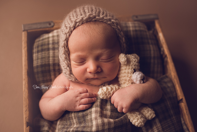20160519-Arroyo-Grande-Baby-Pictures-Newborn-Teddy-Bear-Knit-Hat-cute-newborn-pictures-props-plaid-central-coast-california