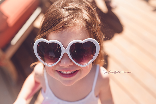 20160702-arroyo-grande-family-photography-best-family-photographer-lifestyle-photos-at-home-kid-portraits-heart-glasses