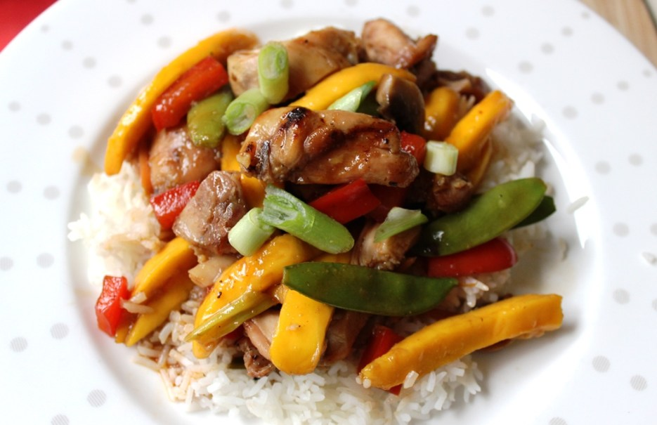 Vegetable Mango Stir Fry with Grilled Chicken