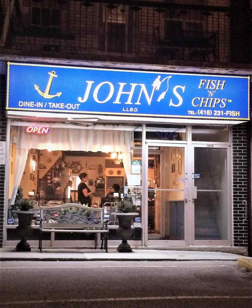 """John's Fish """"N"""" Chips Restaurant Review – Dundas St. W, Etobicoke"""