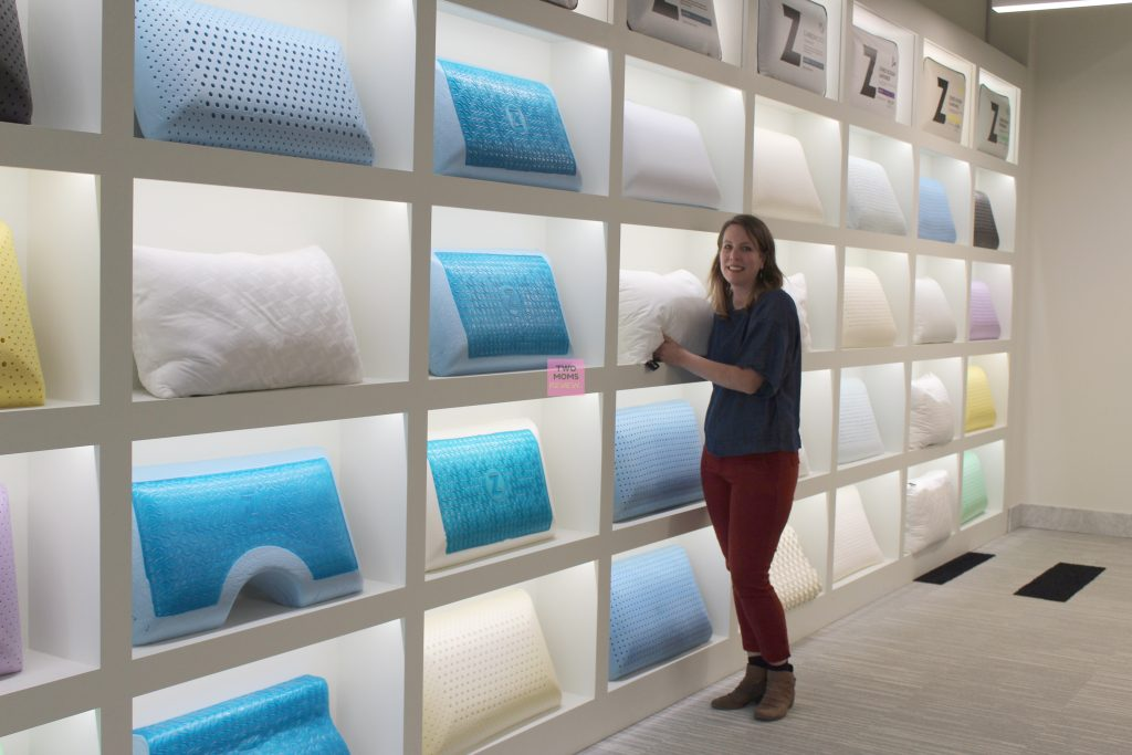 Linenspa pillow wall