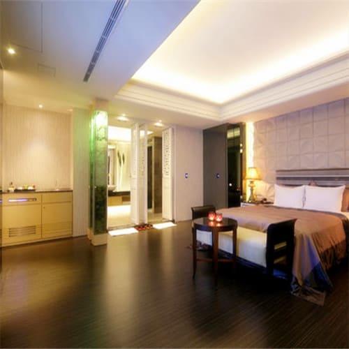 杜拜風情時尚旅館房形意似圖
