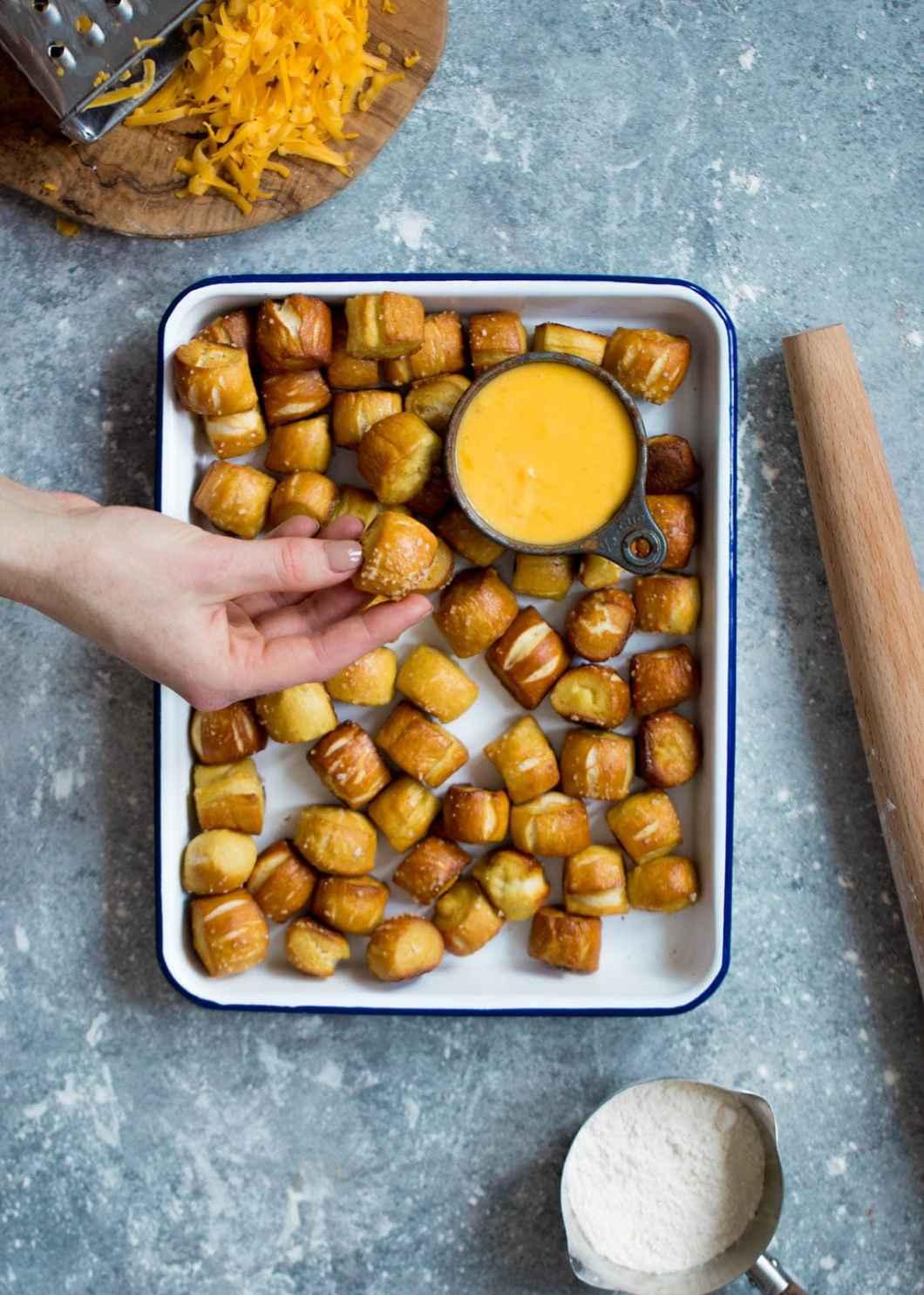 Pretzelmaker Pretzel Bites Recipe | Dandk Organizer