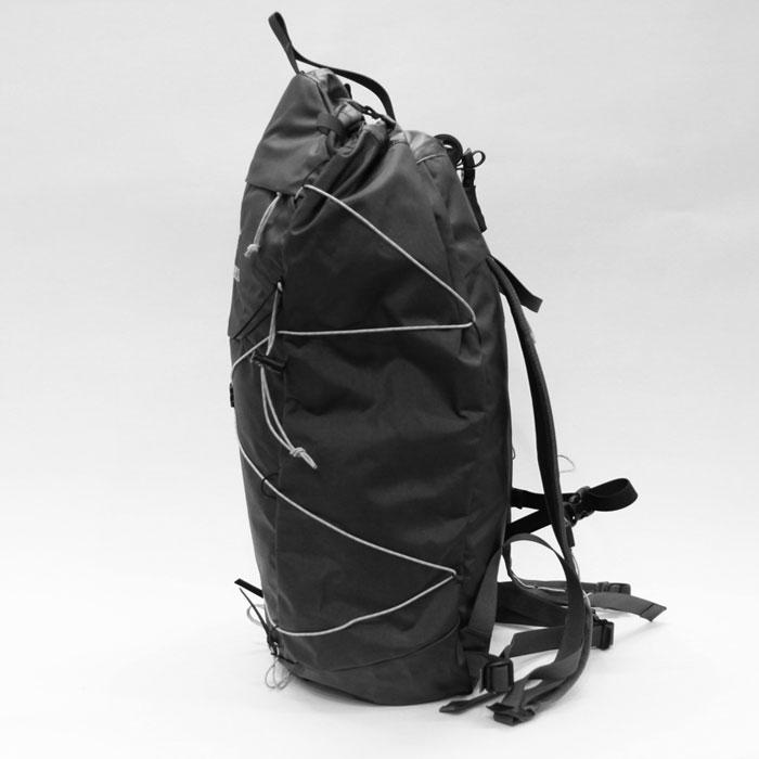 Cierzo (シエルゾ) 18L Backpack Janus - ARC'TERYX (アークテリクス) 横