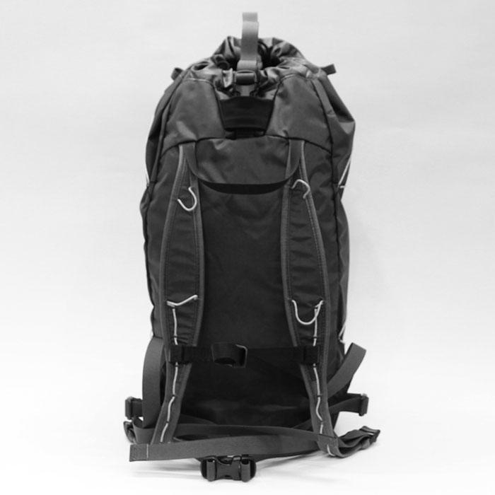 Cierzo (シエルゾ) 18L Backpack Janus - ARC'TERYX (アークテリクス) 背面