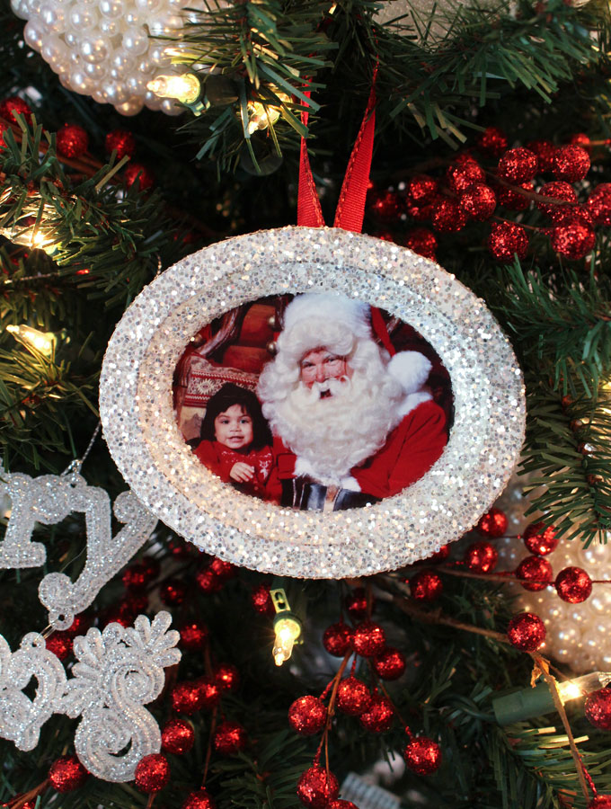 crafting christmas ornaments