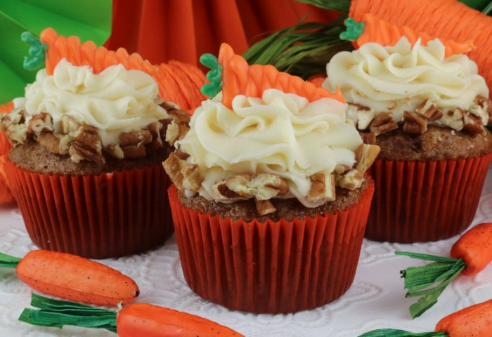Carrot Cake Cupcakes Two Sisters