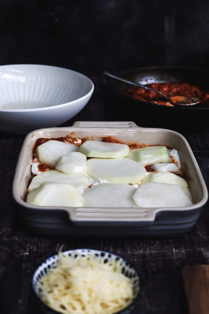 casserole with 4th layer - kohlrabi slices