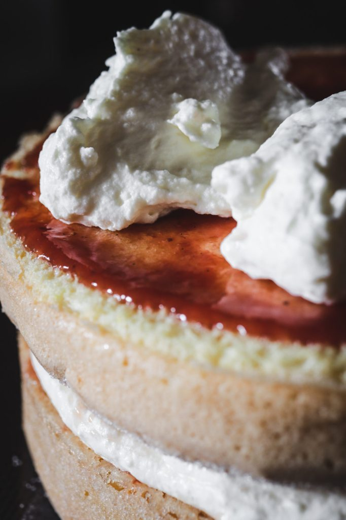 easy Victoria sponge cake gets filled with lemon cream cheese, perfect summer baking