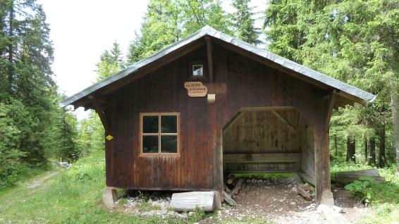 Refuge de La Pierre à Ecusson - Vaud - Jura