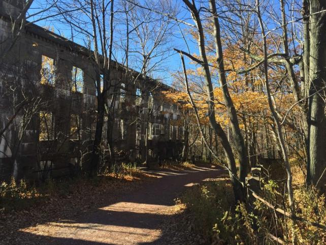 The old hotel on the way to the top of Overlook Mountain.
