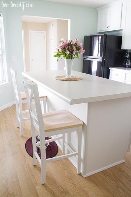 white kitchen countertops handicap accessible kitchens laminate island