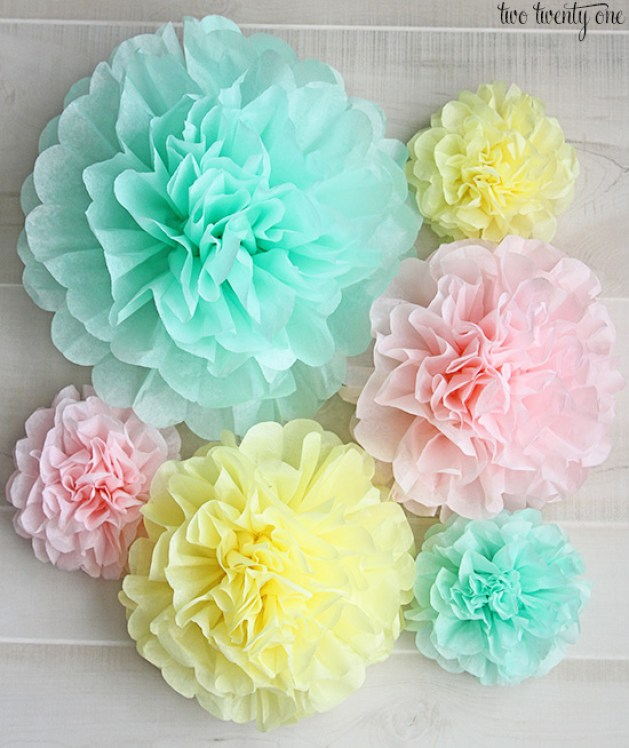 pom pom crafts, tissue paper pom pom how to