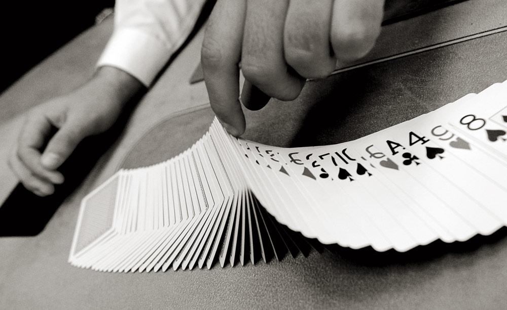 Malabarismos con cartas