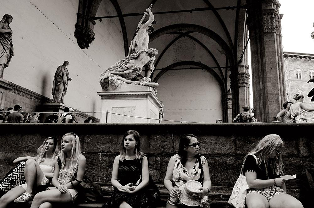 Una escena turística y florentina.
