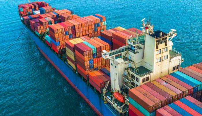 shipping machinery from UK