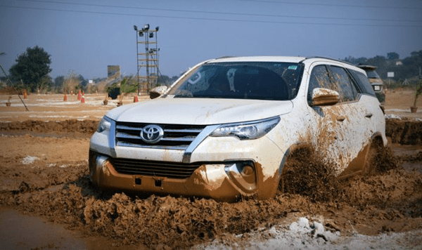 Best Cars for Off-Roading Thrills in India