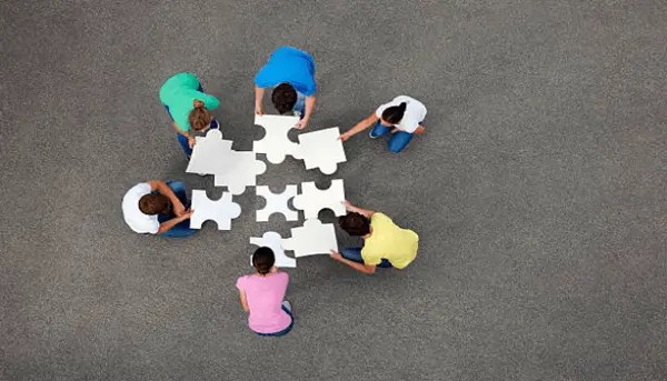 6 Team building activities to build stronger teams
