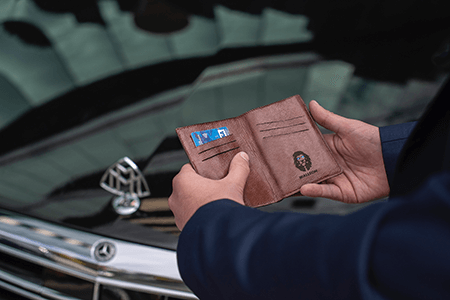 How to Choose the Leather-made Custom Wallets