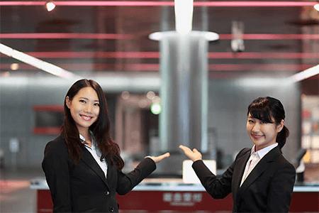 Custom Uniforms Increase Productivity