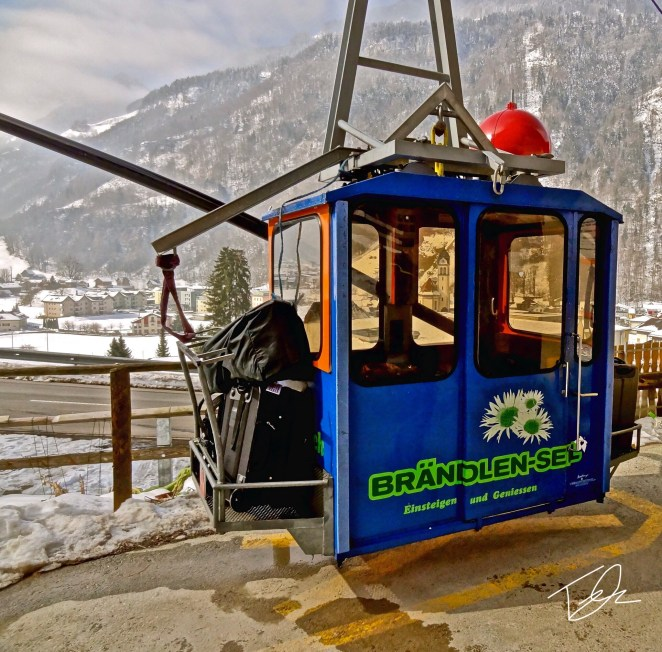 Cable car gondola