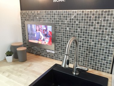 Séura kitchen TV, CEDIA 2015