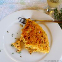 Holly-cooks-sweet-potato-and-thyme-fritatta-300x300-web