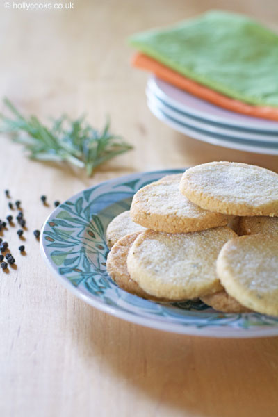Holly-cooks-rosemary-shortbread-on-green-plate