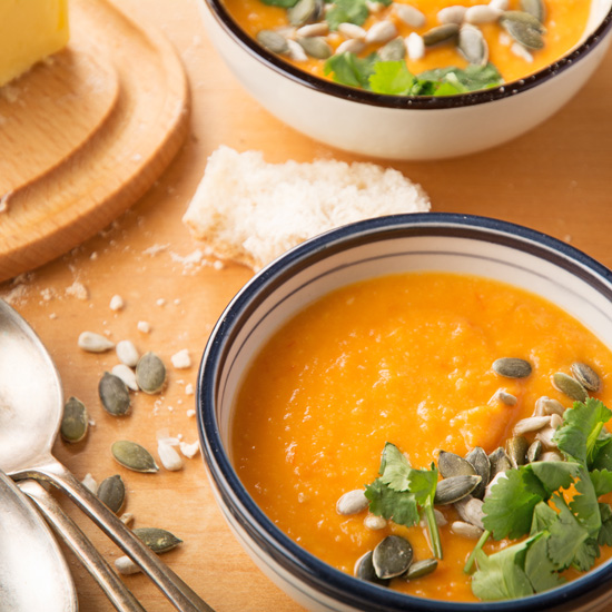 Holly-cooks-Sweet-potato-roasted-cherry-tomato-and-coconut-soup550v2