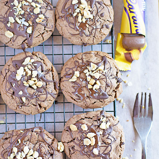 Holly-Cooks-Peanut-butter-chocolate-and-caramel-cookies-overviewFG2v2