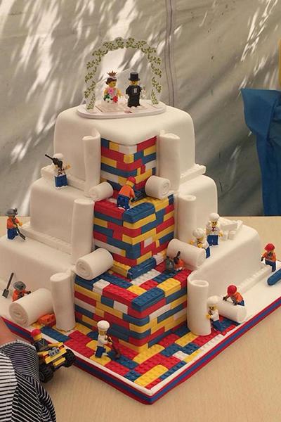 Lego-cake-cropped