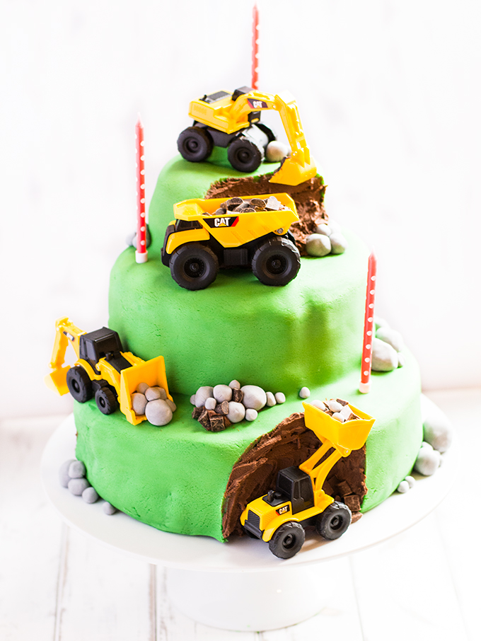 Brilliant Digger Birthday Cake 3 Tier Chocolate Sponge With Chocolate Funny Birthday Cards Online Necthendildamsfinfo