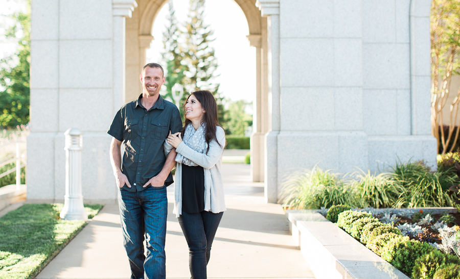 Sacramento_Temple_Engagement_Pictures-15