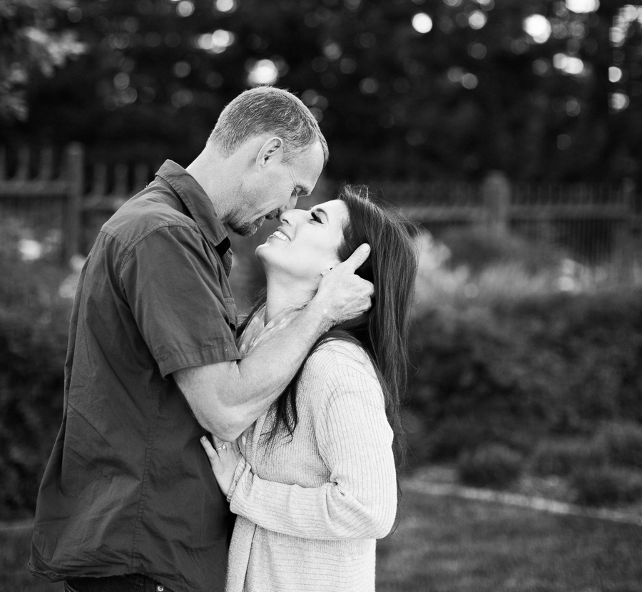 Sacramento_Temple_Engagement_Pictures-21