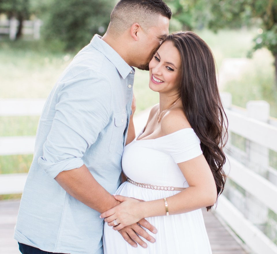 Ashley_Ronnie_Maternity_Pictures_Alviso_Adobe_Park-19