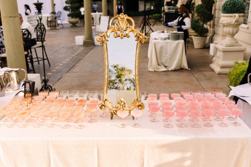 fairytale wedding cocktails at a Grand Island Mansion wedding