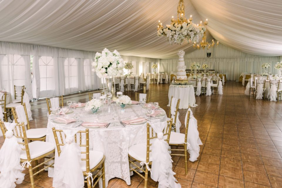gorgeous reception tables and decor at a Grand Island Mansion wedding